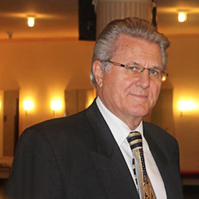 Herr Wolfgang Wegener